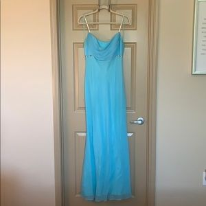 Light blue Cache formal dress. Size 8.